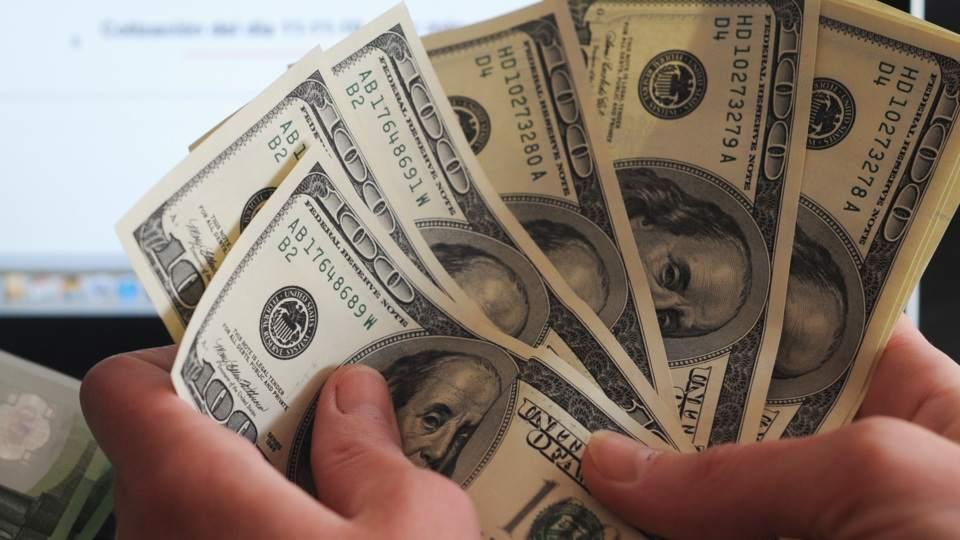 Se Fugaron 2497 Millones De Dólares En Mayo El Máximo En Lo Que Va