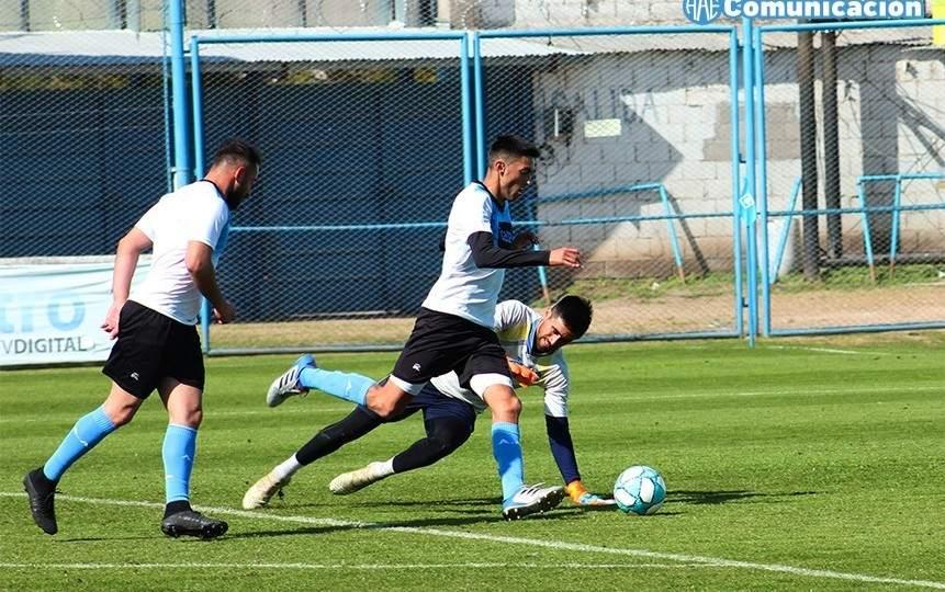 Leonel Ceresole va de titular en Estudiantes de Rio Cuarto - Vía País
