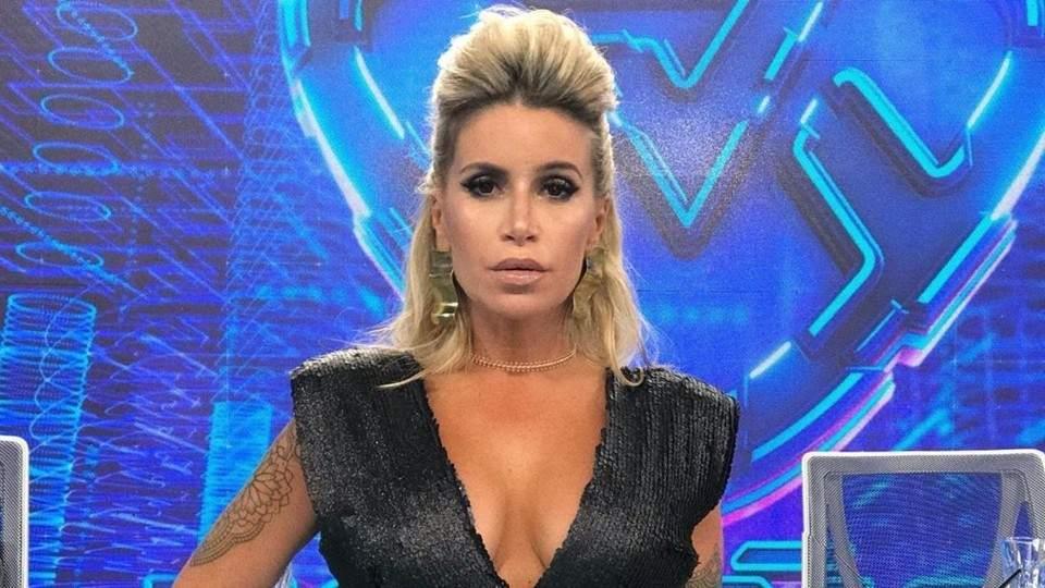 Florencia Peña insultó a un compañero en la devolución a Karina la Princesita - Vía País