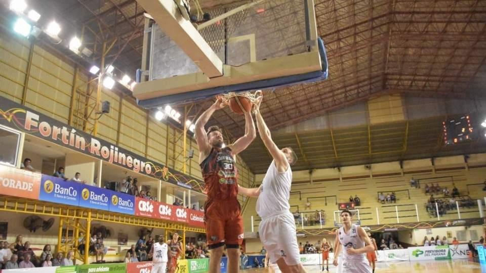 Derrota de San Martin en el inicio de su participación en la Liga Nacional - Vía País