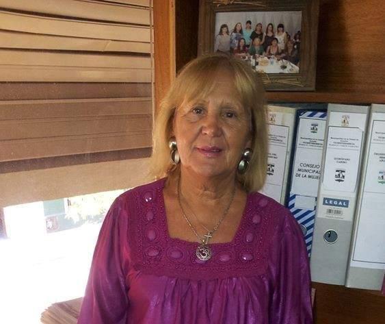 Vice intendenta de Arroyito acompañó a Bomberos Voluntarios durante la intensa lluvia - Vía País