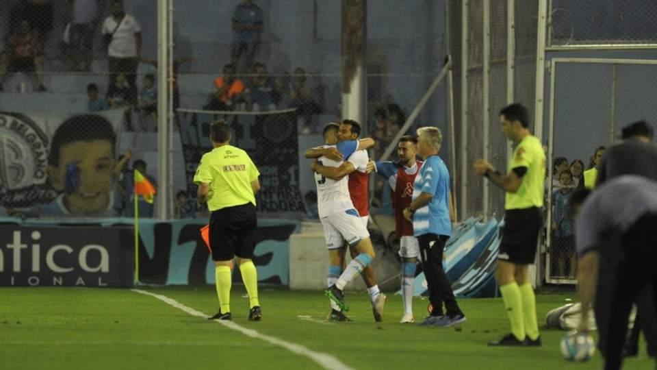 Belgrano festejaba pero en un descuido Alvarado se lo empató - Vía País
