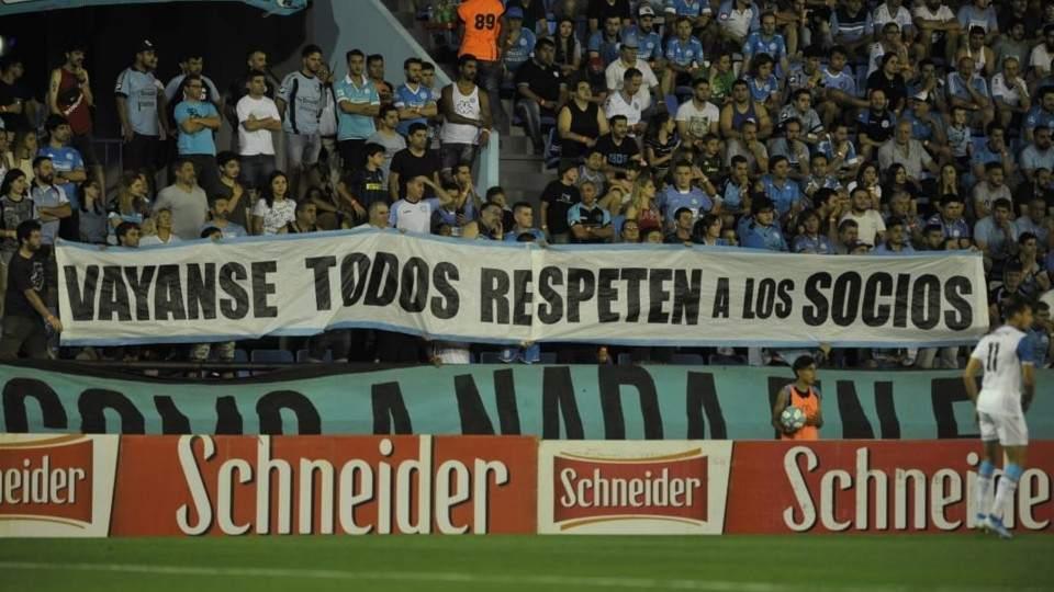 Belgrano empezó perdiendo en 10 de los 13 partidos jugados; y Alberdi brama de impaciencia - Vía País