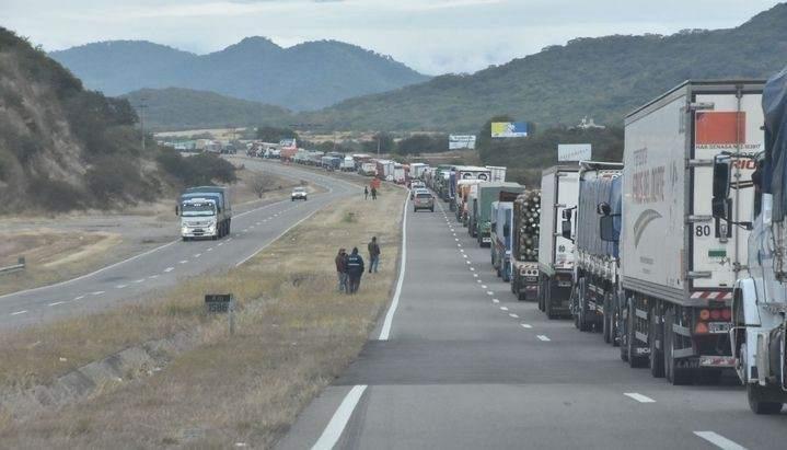 camiones controles aunor filas