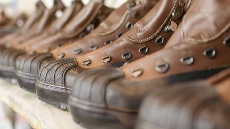 Zapatos De Una Fábrica Entró En Sanjuanina CrisisVía Histórica eWEH2IYD9