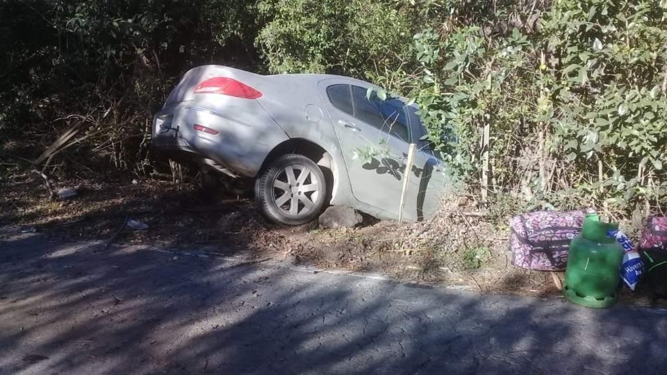 3f5c73b65 Falda del Carmen: perdió el control del automóvil por el ...