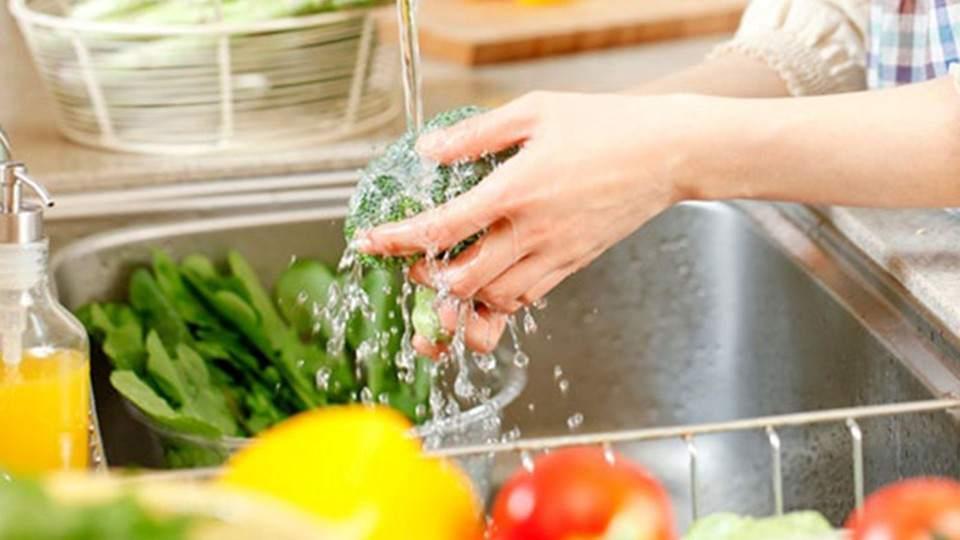 Verano: recomiendan redoblar las precauciones para evitar afecciones estomacales
