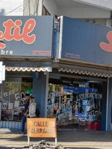 Histórico local de Neuquén cierra por la caía de las ventas