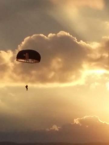 Celebran En Córdoba El Día Del Paracaidista Militar